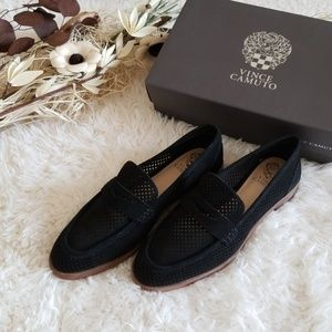 Vince Camuto Kanta – Perforated Penny Loafer